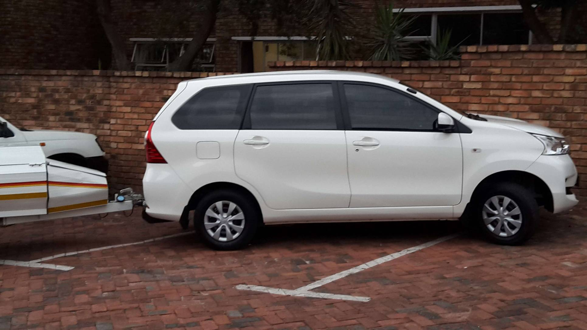 SUV Hire 7 Seater Taxi